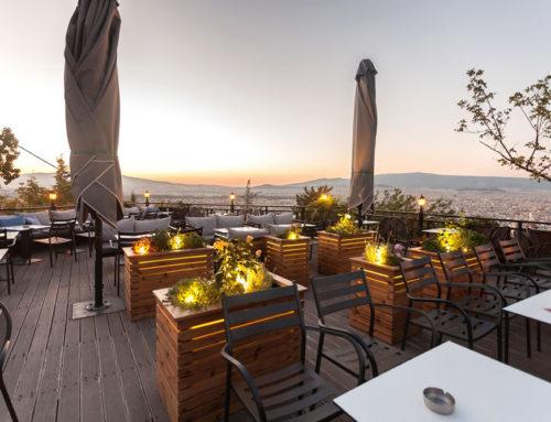 Apolis Cafe: Η διασκέδαση έχει… θέα όλη την Αθήνα (vid)