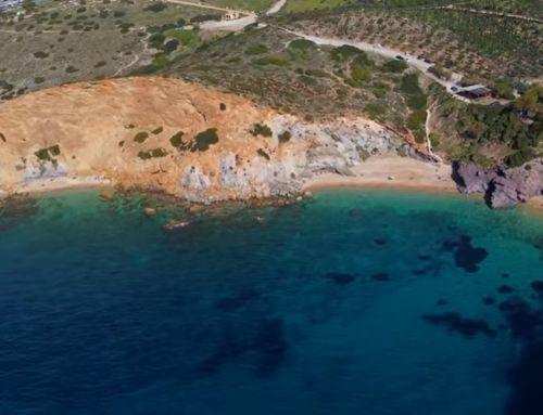 ΚΑΠΕ – Σούνιο: Η πιο γνωστή κρυφή παραλία της Αττικής