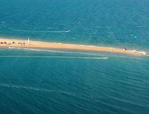 Φάρος – Φθιώτιδας: Μία «αμμόγλωσσα» αδρεναλίνης για τους λάτρεις του Kite Surf